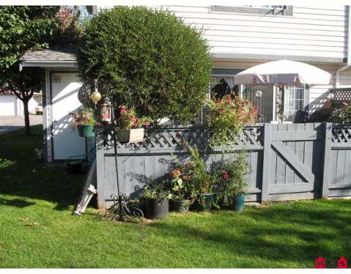 "Photo 7: 5360 201ST Street in Langley: Langley City Townhouse for sale in ""Garden Grove"" : MLS(r) # F2625710"