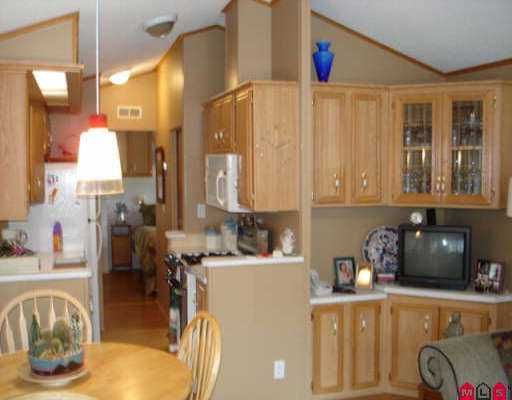 "Photo 3: 3 14600 MORRIS VALLEY RD in Mission: Lake Errock Manufactured Home for sale in ""Tapadera Estates"" : MLS® # F2524801"
