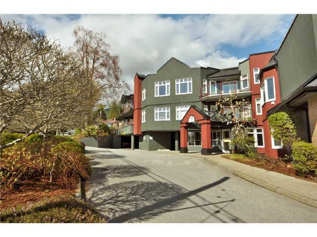 FEATURED LISTING: 209 - 121 29TH Street West North Vancouver