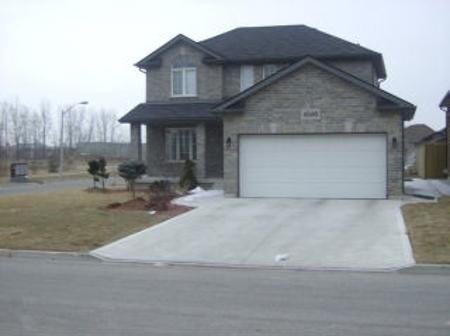 Photo 2: 4506 UNICORN: Residential for sale (Canada)  : MLS® # 1001431