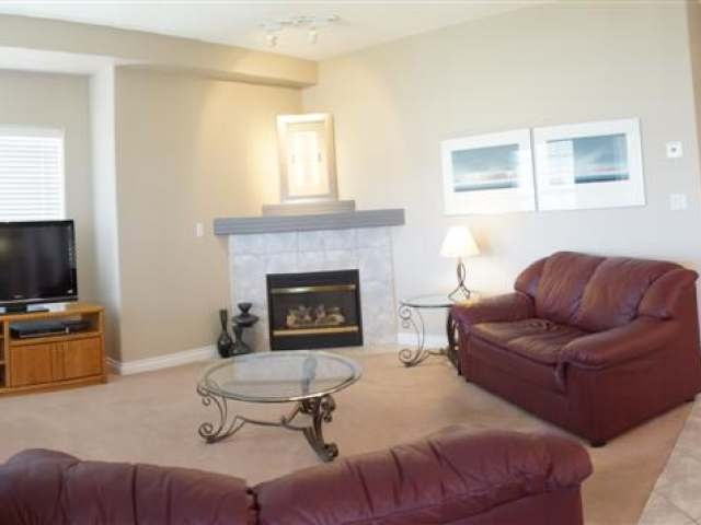 Photo 4: 875 SAHALI TERRACE in Kamloops: Sahali Residential Attached for sale : MLS(r) # 109814