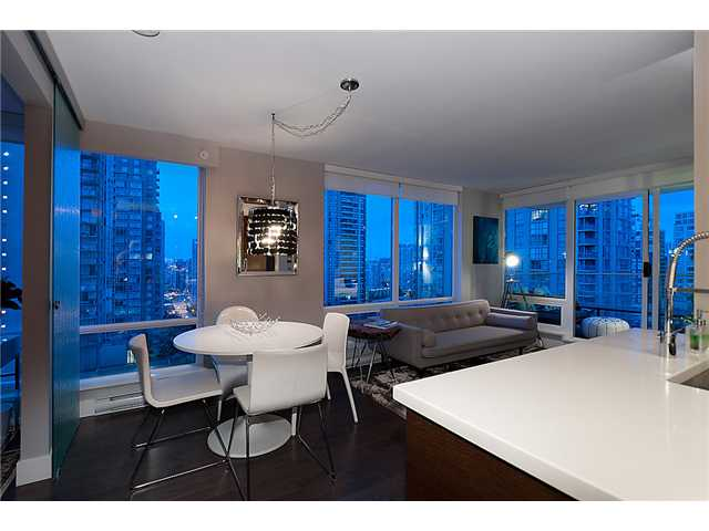 "Main Photo: 1205 535 SMITHE Street in Vancouver: Downtown VW Condo for sale in ""DOLCE AT SYMPHONY PLACE"" (Vancouver West)  : MLS® # V955964"