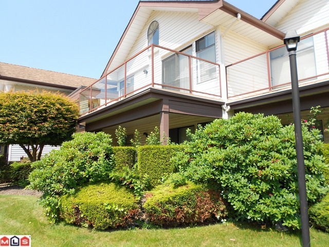 "Main Photo: 203 13858 102ND Avenue in Surrey: Whalley Townhouse for sale in ""GLENDALE VILLAGE"" (North Surrey)  : MLS® # F1306910"
