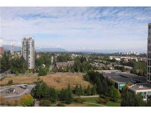 Photo 10: 1804 6838 STATION HILL Drive in Burnaby South: South Slope Home for sale ()  : MLS® # V972352