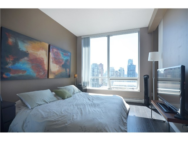 "Photo 6: PH2 1082 SEYMOUR Street in Vancouver: Downtown VW Condo for sale in ""FREESIA"" (Vancouver West)  : MLS(r) # V1019456"