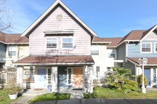 "Main Photo: 24 1700 56TH Street in Tsawwassen: Beach Grove Townhouse for sale in ""THE PILLARS"" : MLS® # V929989"