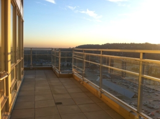 Main Photo: Coquitlam Center Penthouse