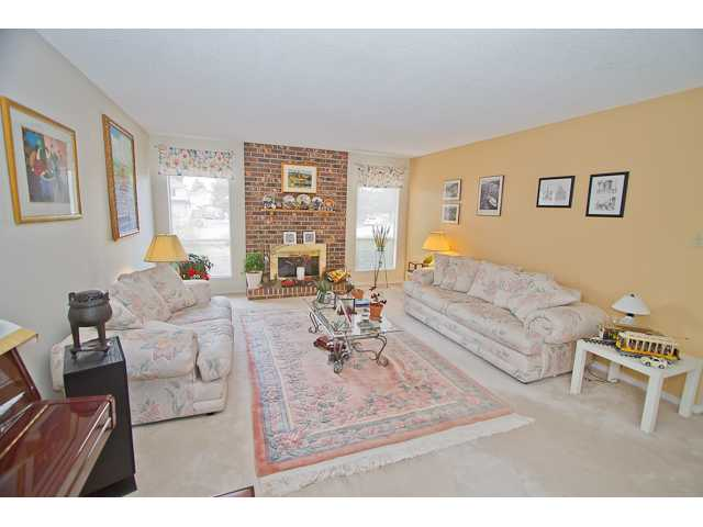 Photo 2: 9620 BISSETT Place in Richmond: McNair House for sale : MLS® # V947968