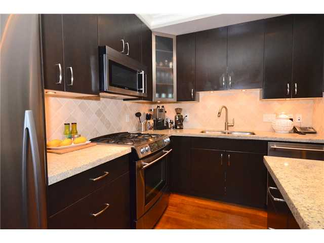 Photo 6: 2862 SPRUCE Street in Vancouver: Fairview VW Townhouse for sale (Vancouver West)  : MLS® # V956552