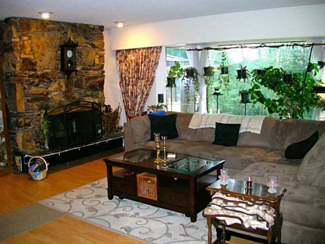 Photo 9: 1132 GRANDVIEW RD in Gibsons: Gibsons & Area House for sale (Sunshine Coast)  : MLS(r) # V1093677