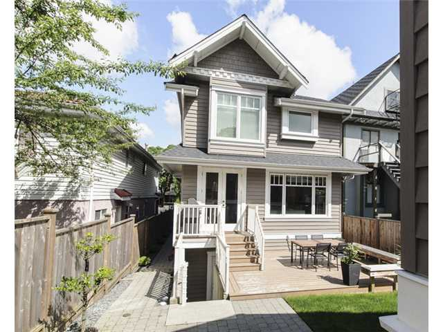 Photo 19: 152 E 20TH AV in Vancouver: Main House for sale (Vancouver East)  : MLS(r) # V1121384