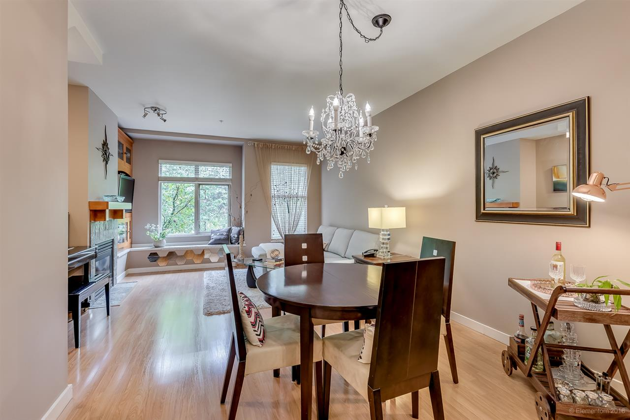 Photo 5: 242 18 JACK MAHONY PLACE in New Westminster: GlenBrooke North Townhouse for sale : MLS® # R2058742