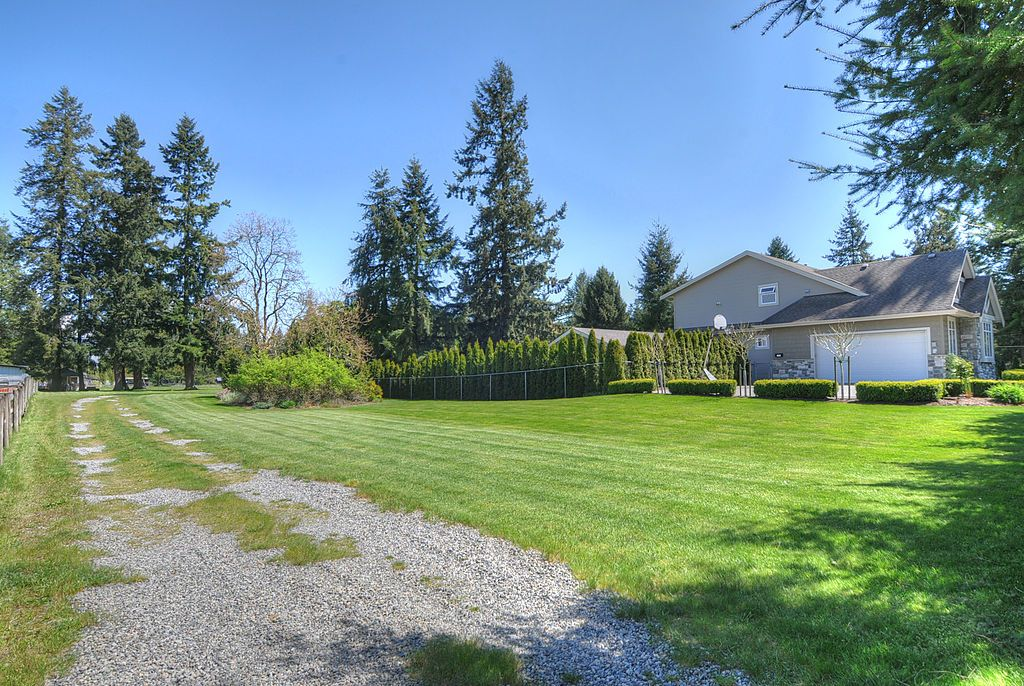 "Photo 18: 2650 204 Street in Langley: Brookswood Langley House for sale in ""South Langley/Fernridge"" : MLS® # F1209267"