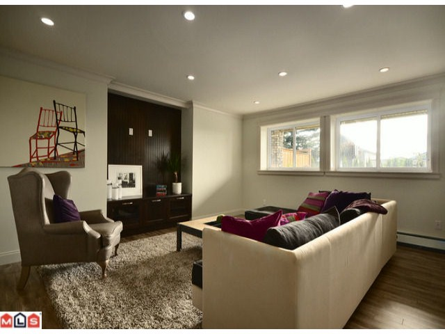Photo 10: 13577 MARINE Drive in Surrey: Crescent Bch Ocean Pk. House for sale (South Surrey White Rock)  : MLS® # F1226343