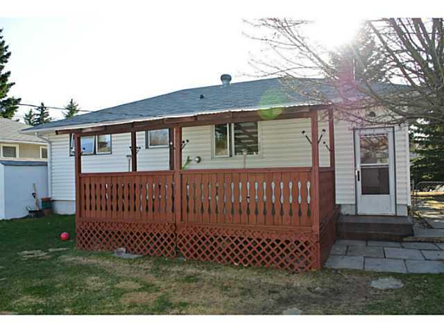 Photo 8: 3136 45 Street SW in CALGARY: Glenbrook Residential Detached Single Family for sale (Calgary)  : MLS® # C3625584