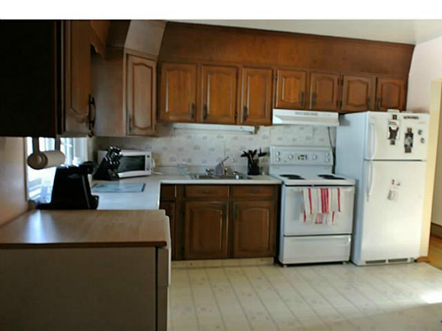 Photo 3: 3136 45 Street SW in CALGARY: Glenbrook Residential Detached Single Family for sale (Calgary)  : MLS® # C3625584
