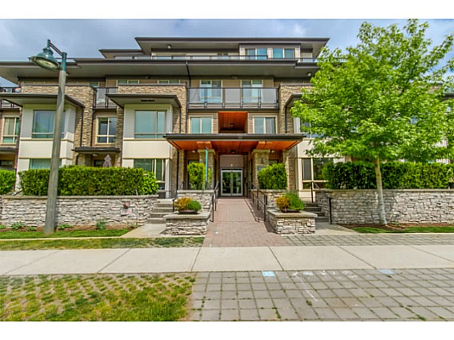 Main Photo: # 109 7428 BYRNEPARK WK in Burnaby: South Slope Condo for sale (Burnaby South)  : MLS®# V1123444