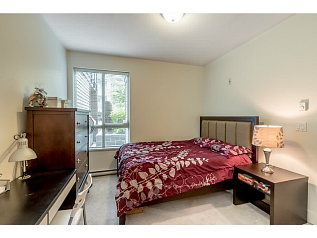 Photo 8: # 109 7428 BYRNEPARK WK in Burnaby: South Slope Condo for sale (Burnaby South)  : MLS® # V1123444