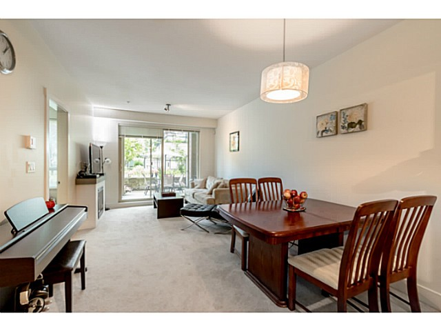 Photo 4: # 109 7428 BYRNEPARK WK in Burnaby: South Slope Condo for sale (Burnaby South)  : MLS® # V1123444