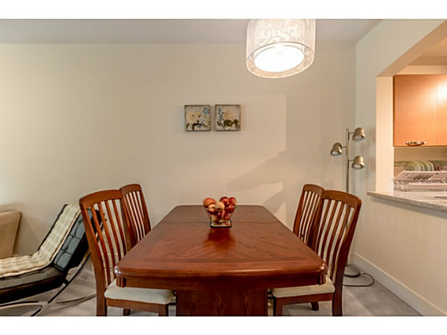 Photo 7: # 109 7428 BYRNEPARK WK in Burnaby: South Slope Condo for sale (Burnaby South)  : MLS® # V1123444