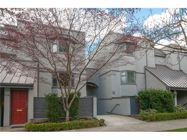Main Photo: 1369 W 8TH Avenue in Vancouver: Fairview VW Townhouse  (Vancouver West)  : MLS(r) # V1113609