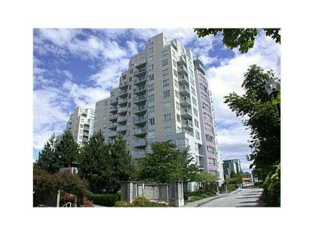 Main Photo: 405 3455 ASCOT PL in Vancouver: Collingwood VE Condo  (Vancouver East)  : MLS®# V1126929