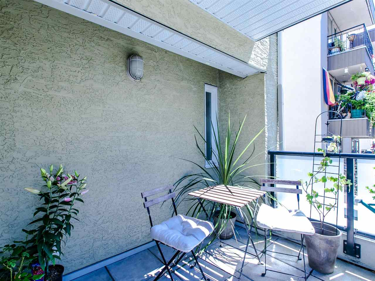 Photo 5: 104 1554 BURNABY STREET in Vancouver: West End VW Condo for sale (Vancouver West)  : MLS® # R2089481