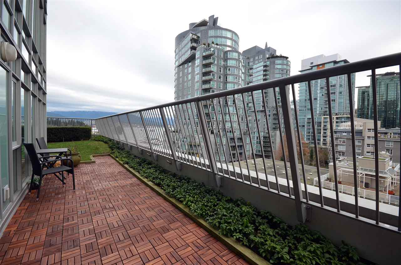 Photo 3: 803 1616 BAYSHORE DRIVE in Vancouver: Coal Harbour Condo for sale (Vancouver West)  : MLS(r) # R2128856