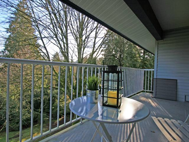 "Photo 9: 1053 CECILE Drive in Port Moody: College Park PM Townhouse for sale in ""CECILE HEIGHTS"" : MLS(r) # V931590"