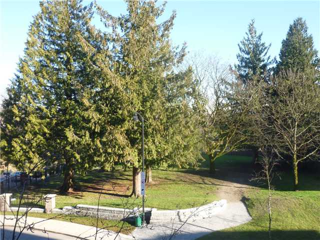 Photo 9: # 1313 248 SHERBROOKE ST in : Sapperton Condo for sale : MLS(r) # V929392