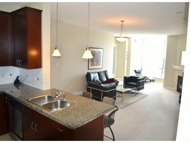 "Photo 5: 206 1581 FOSTER Street: White Rock Condo for sale in ""THE SUSSEX"" (South Surrey White Rock)  : MLS® # F1310971"