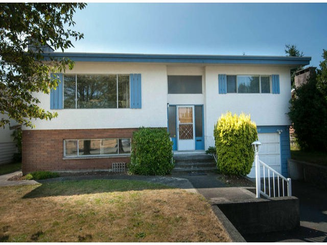 "Main Photo: 15510 OXENHAM Avenue: White Rock House for sale in ""East White Rock"" (South Surrey White Rock)  : MLS® # F1319709"