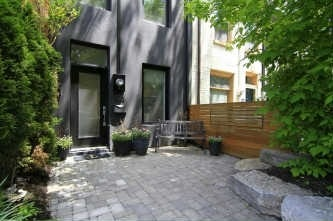 Main Photo: 123 Trinity St in Toronto: Cabbagetown-South St. James Town Freehold for sale (Toronto C08)  : MLS(r) # C2921993