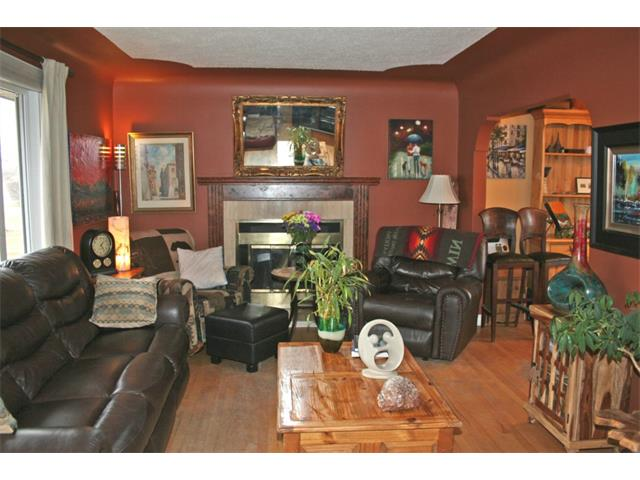 Photo 2: 2522 20 ST SW in Calgary: Richmond Park_Knobhl Detached for sale : MLS(r) # C4002425