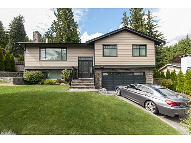 Main Photo: 716 E 29TH ST in North Vancouver: Princess Park House for sale : MLS®# V1136834