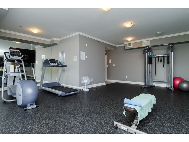 Photo 19: # 204 15336 17A AV in Surrey: King George Corridor Condo for sale (South Surrey White Rock)  : MLS® # F1444297