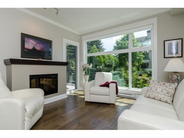 Photo 3: # 204 15336 17A AV in Surrey: King George Corridor Condo for sale (South Surrey White Rock)  : MLS® # F1444297