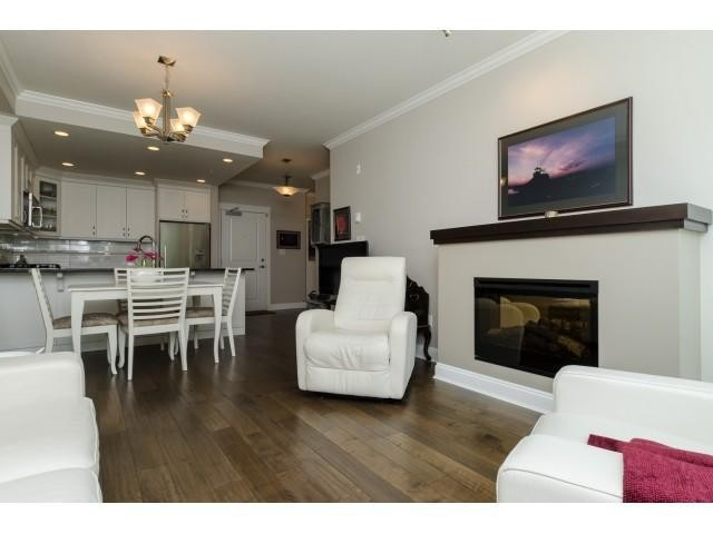 Photo 4: # 204 15336 17A AV in Surrey: King George Corridor Condo for sale (South Surrey White Rock)  : MLS® # F1444297