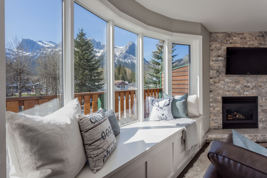 Photo 5: #101 828 6 Street: Canmore House for sale : MLS® # C4060372