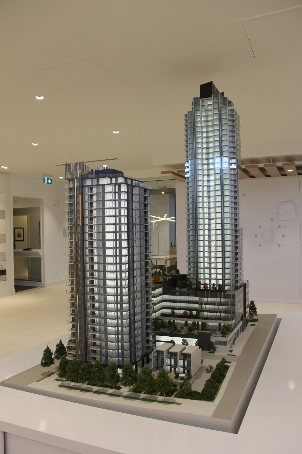 Photo 5: SUN TOWERS in Burnaby: Metrotown Condo for sale (Burnaby South)  : MLS® # PRESALE