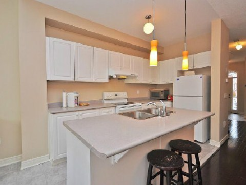 Photo 5: 5656 Longboat Avenue in Mississauga: Churchill Meadows House (2-Storey) for sale : MLS(r) # W2592566
