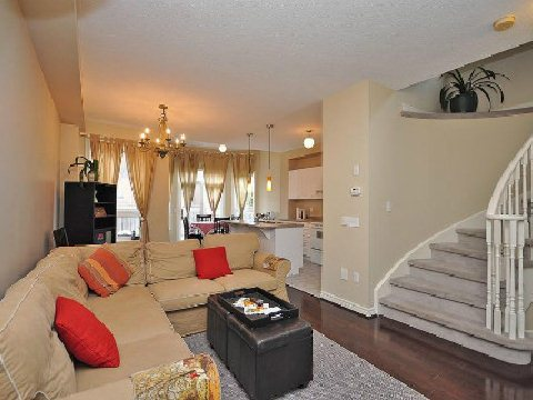 Photo 2: 5656 Longboat Avenue in Mississauga: Churchill Meadows House (2-Storey) for sale : MLS(r) # W2592566