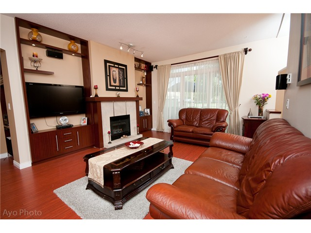 "Photo 3: 70 2422 HAWTHORNE Avenue in Port Coquitlam: Central Pt Coquitlam Townhouse for sale in ""Hawthorne Gate"" : MLS(r) # V1009347"