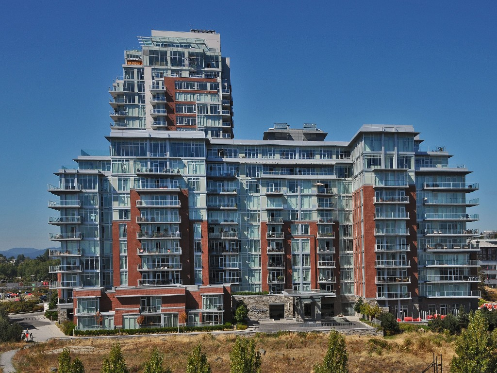Main Photo: 407 100 Saghalie Road in VICTORIA: VW Songhees Condo Apartment for sale (Victoria West)  : MLS® # 341709