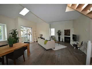 Main Photo: # 302 825 W 15TH AV in Vancouver: Fairview VW Condo for sale (Vancouver West)  : MLS®# V1081638