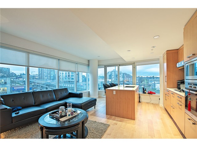 Main Photo: # 601 1565 W 6TH AV in Vancouver: False Creek Condo for sale (Vancouver West)  : MLS® # V1103000