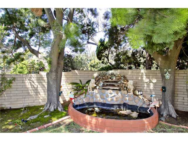Photo 3: DEL CERRO House for sale : 3 bedrooms : 6301 N Glenmont Street in San Diego