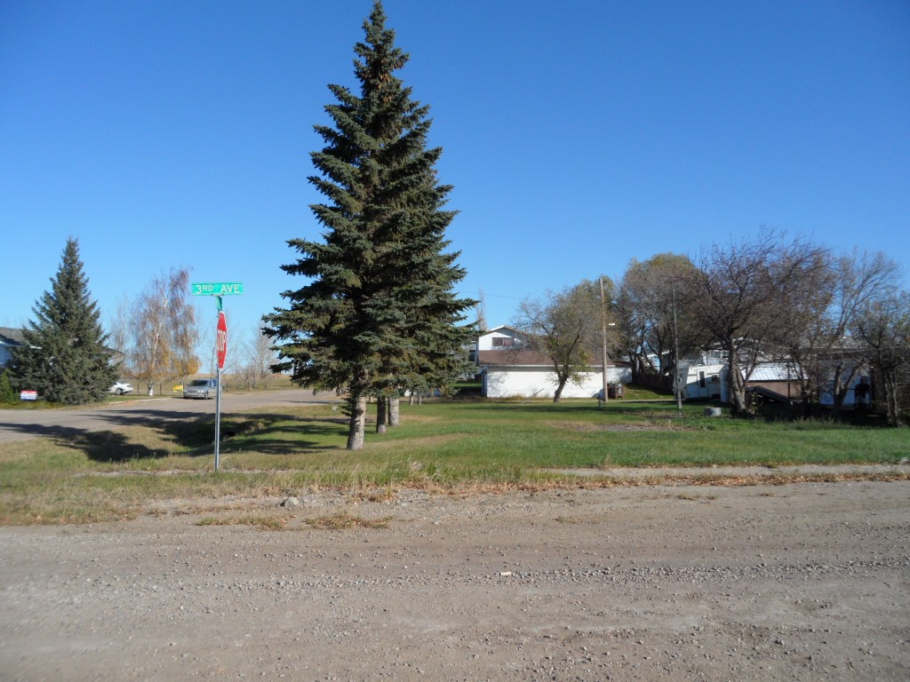 Photo 2: 24 3RD AVENUE WEST in Marshall: Land Only for sale (Marshall SK)  : MLS® # 47135