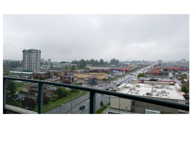 "Photo 17: 1003 32330 S FRASER Way in Abbotsford: Abbotsford West Condo for sale in ""Town Center Tower"" : MLS® # F1215794"