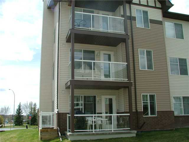 Photo 1: # 2204 200 COMMUNITY WY: Okotoks Condo for sale : MLS(r) # C3474664